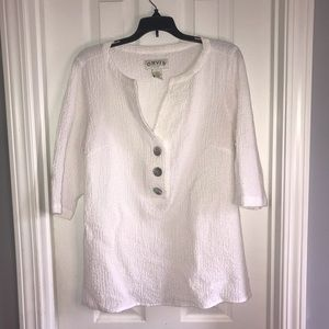 Orvis White Stretchy Y-Neck Top w/ 3/4 Sleeves